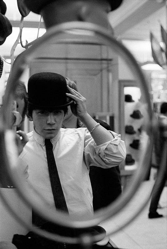 Eric Burdon Hat Shopping, in Mirror, London, 1963