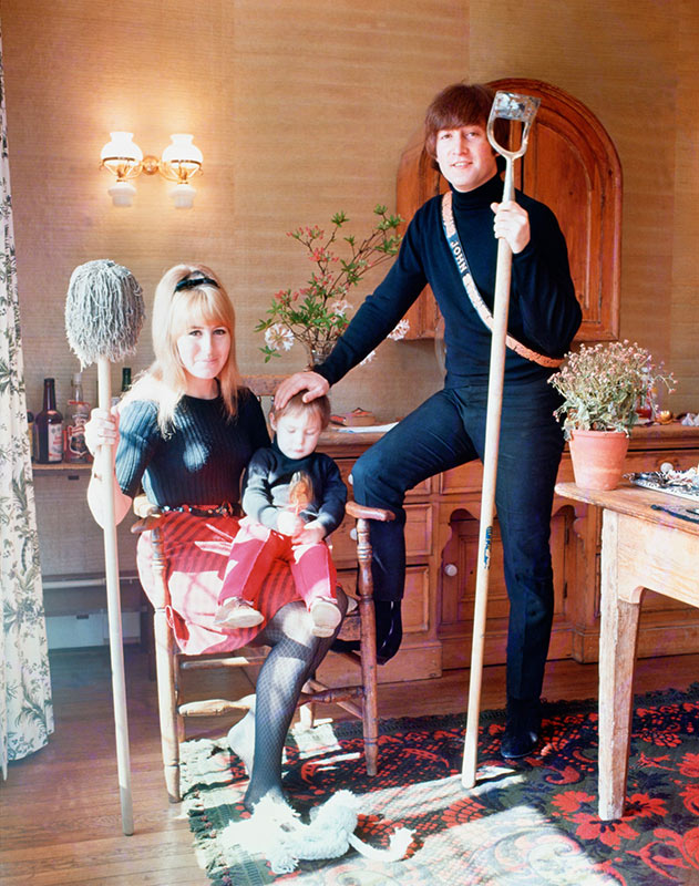 Lennon Family Portrait, Weybridge, 1965