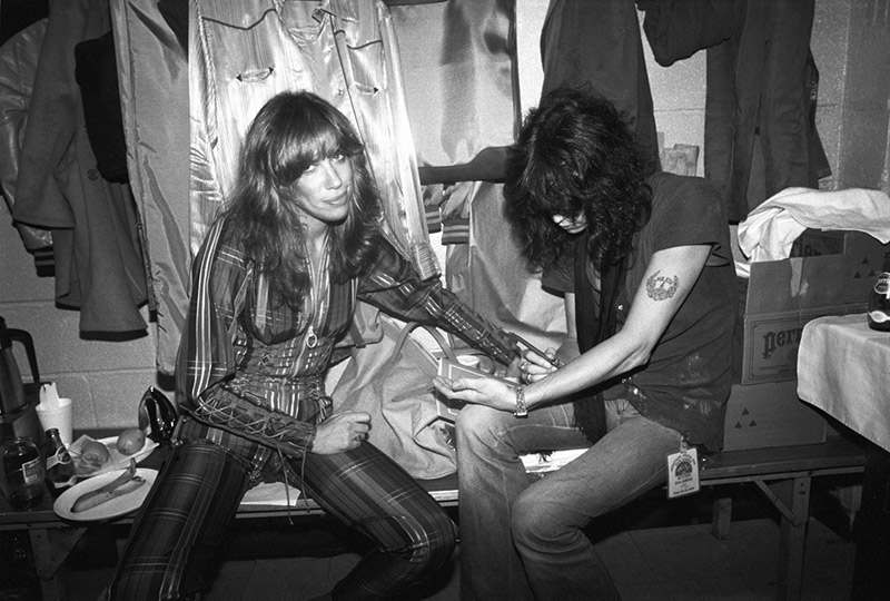 Carly Simon and Steven Tyler, Backstage, 1979