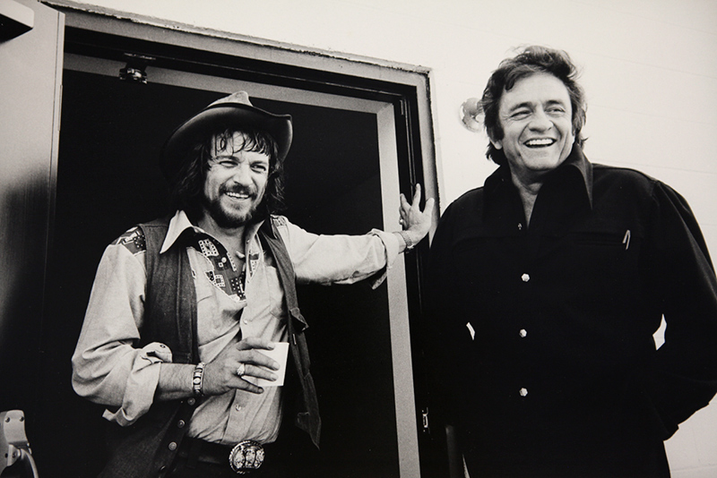 Johnny Cash and Waylon Jennings, Tennessee 1974