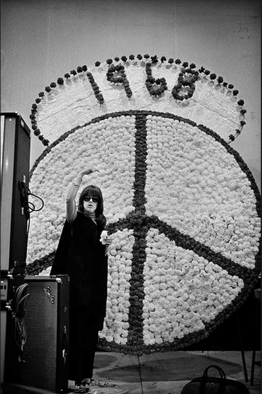Grace Slick - New Year's Peace, San Francisco, 1967