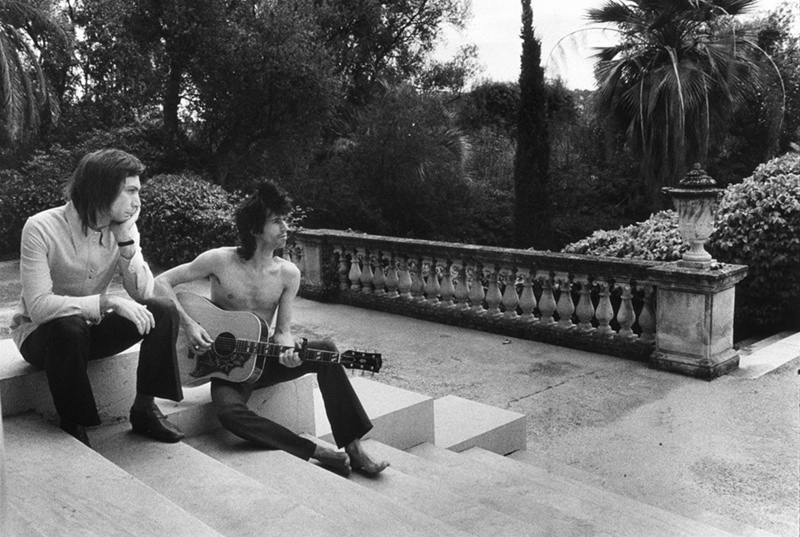 Keith & Charlie on the Steps, Nellcôte, France, 1971