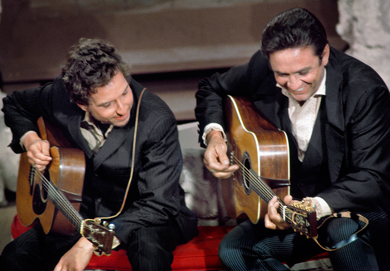 Johnny Cash and Bob Dylan, Performance 1969 (Color)