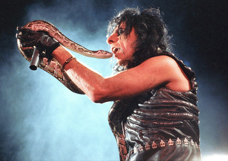 Alice Cooper with Boa Constrictor, Wembley Arena, London, 1989