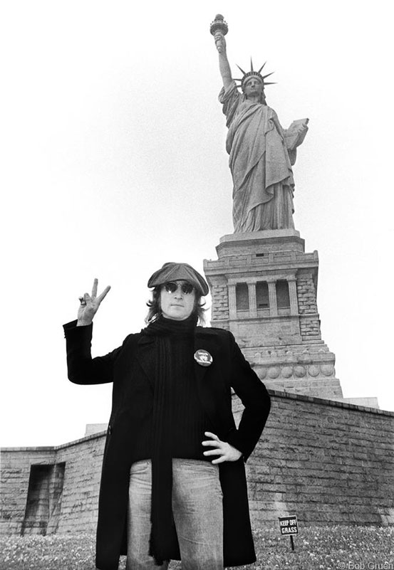John Lennon, Statue of Liberty - Peace Sign, NYC, October 30, 1974