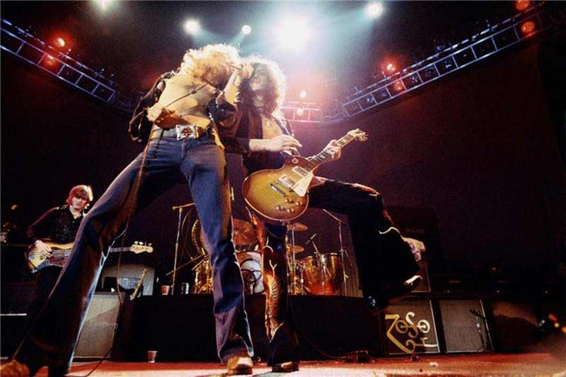 Led Zeppelin Onstage (Color), 1975