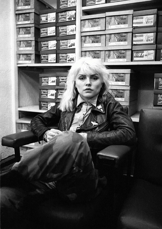 Debbie Harry Shoe Shopping, London, 1977