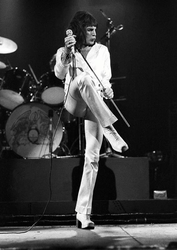 Freddie Mercury On Stage, Rainbow Theatre, London, 1974