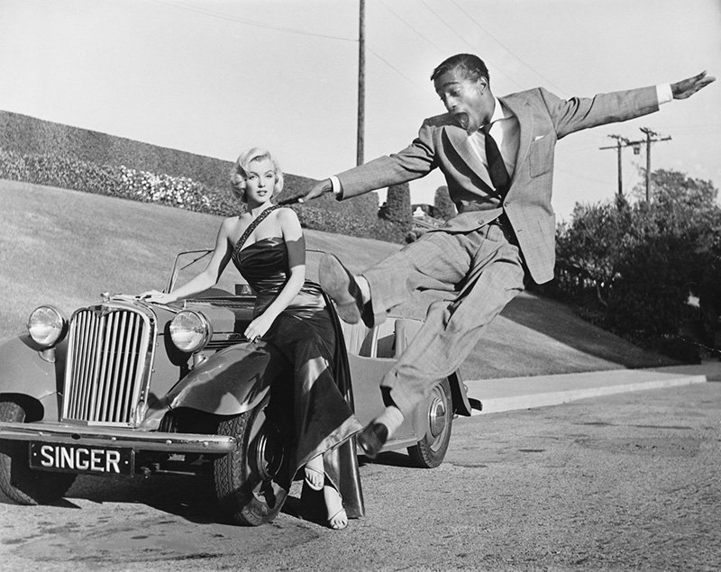 Marilyn Monroe with Sammy Davis Jr.