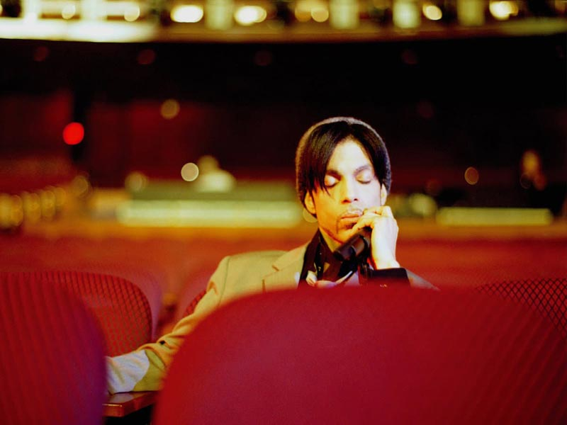 Prince Relaxing after Soundcheck Kodak Theater Hollywood - One Nite Alone Tour 2002