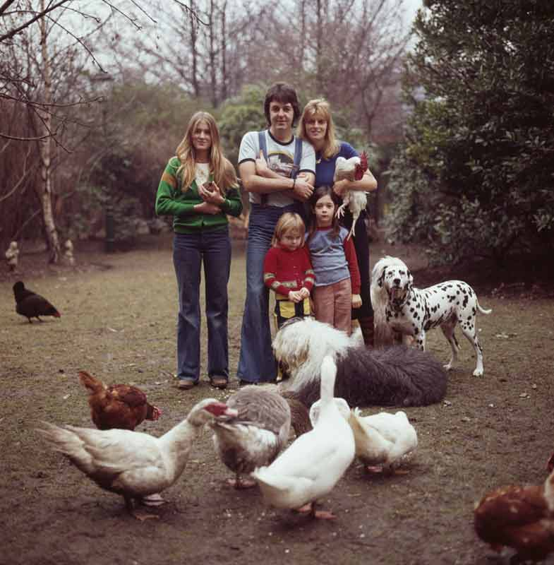 Paul and Linda McCartney with their children Heather, Stella, and Mary, Peasmarsh, England, 1976