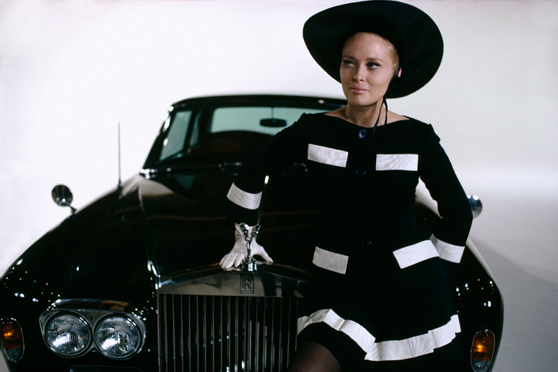 Faye Dunaway with Rolls Royce, The Thomas Crown Affair, 1968