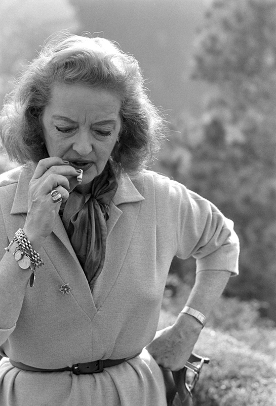 Bette Davis, Bel Air, 1962