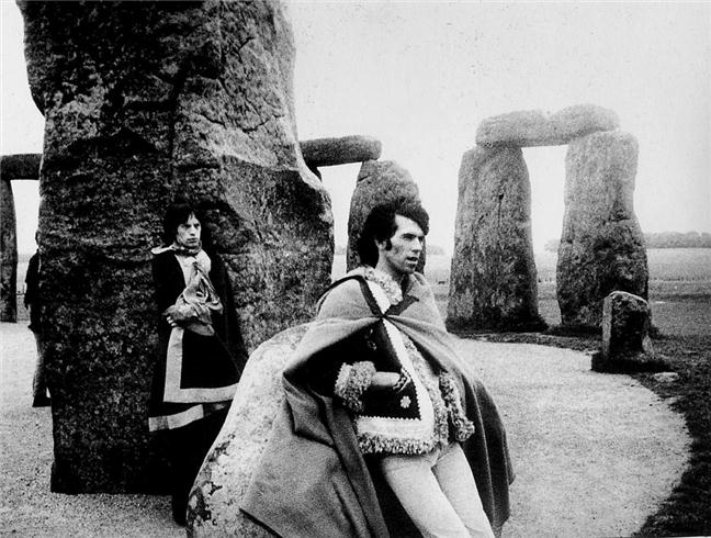 Mick Jagger and Keith Richards, Stonehenge 1967