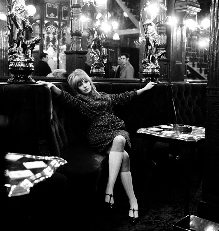 Marianne Faithfull, Salisbury Pub, London, 1965