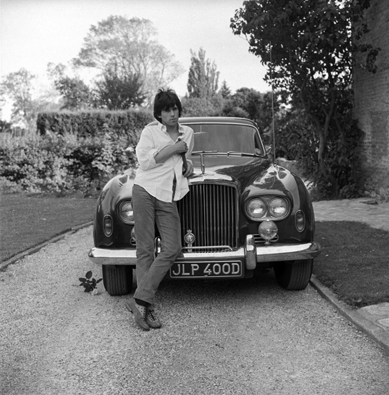 Keith Richards and Bentley at Home (B-3), West Sussex, 1966