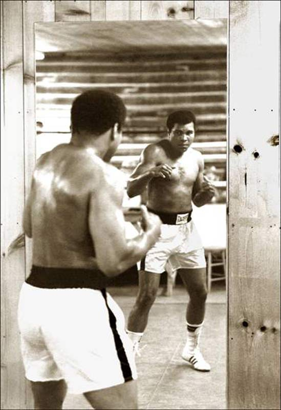 Muhammad Ali Mirror-Boxing at Deer Lake, PA, 1977 (Ali-077)