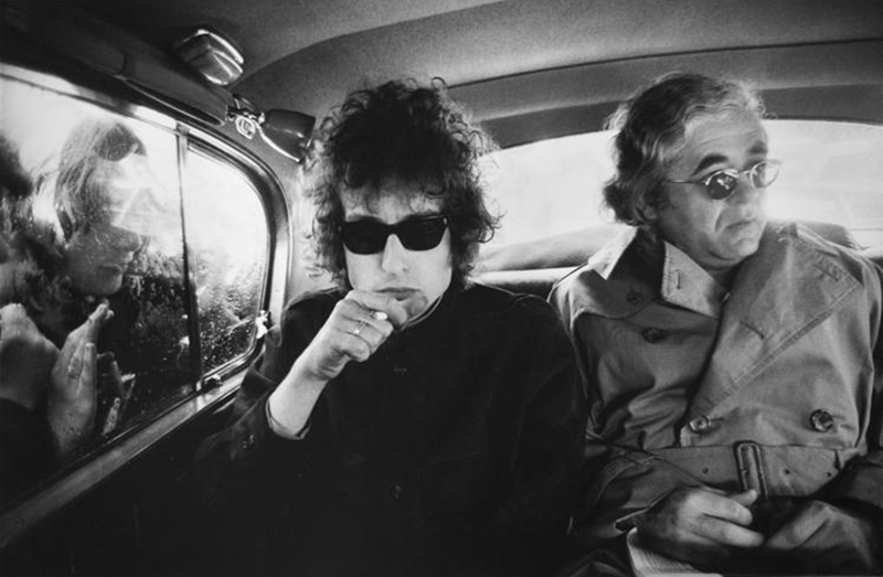 Bob Dylan & Albert Grossman, Back of Limo, London, 1966