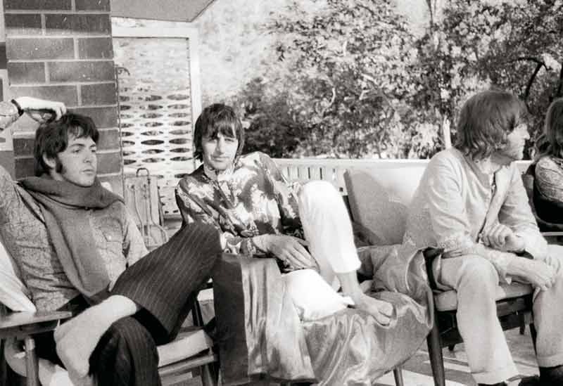 Paul, Ringo & John II, India, 1968 [Scratch]