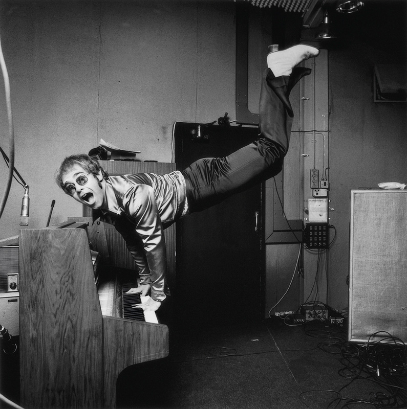 Elton John, Keyboard Hand Stand, London, 1972
