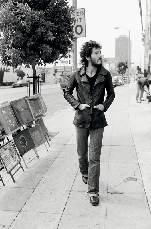 Bruce Springsteen, Walking on Sunset Strip, 1975