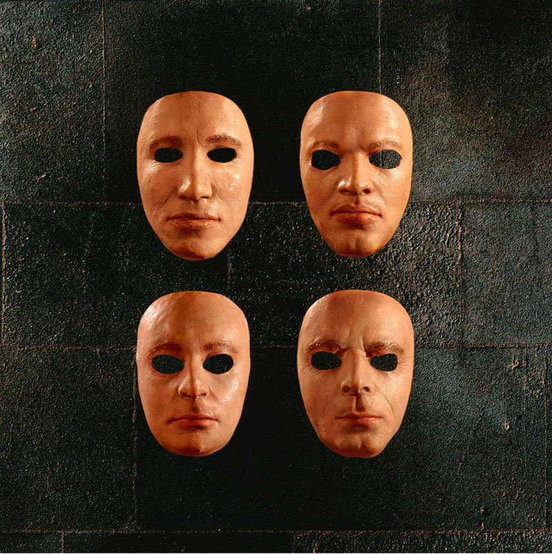 Pink Floyd, The Wall Live - Masks, Album Cover, 2000