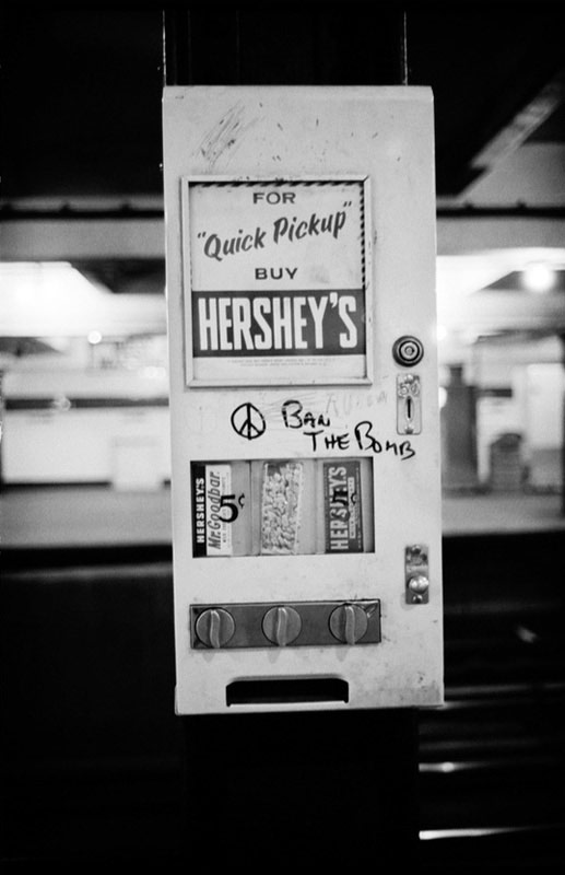 Hershey's Peace, New York Subway, New York, 1962