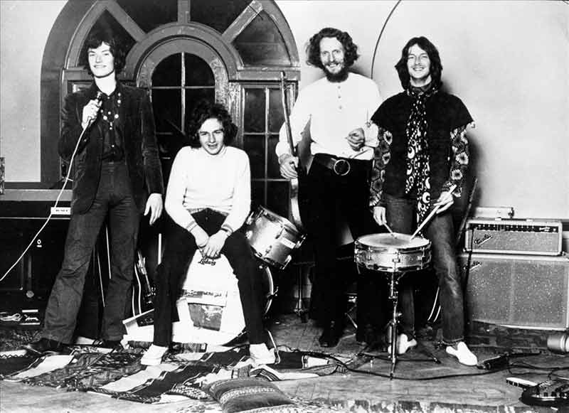 Blind Faith Group Portrait, Album Cover Alternate, London 1969