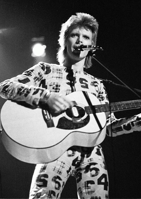 David Bowie Playing Guitar, Newcastle City Hall, 1973